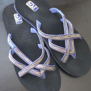 Teva olowahu slide purple crisscross sandals